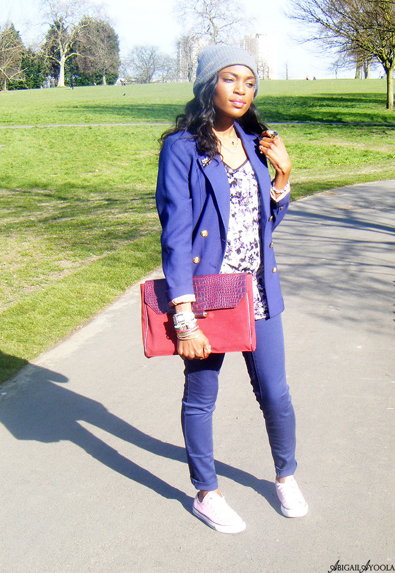 HOW TO STYLE A BLAZER CASUALLY