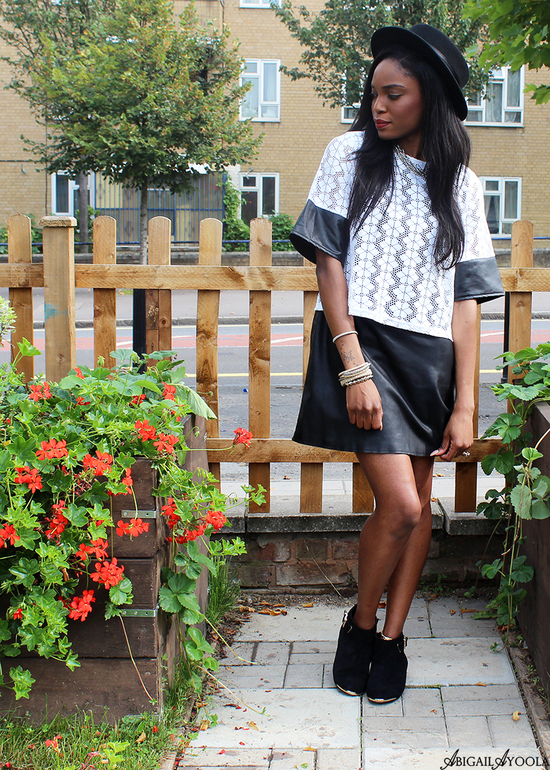 HOW TO WEAR THE LEATHER DRESS WITH LACE