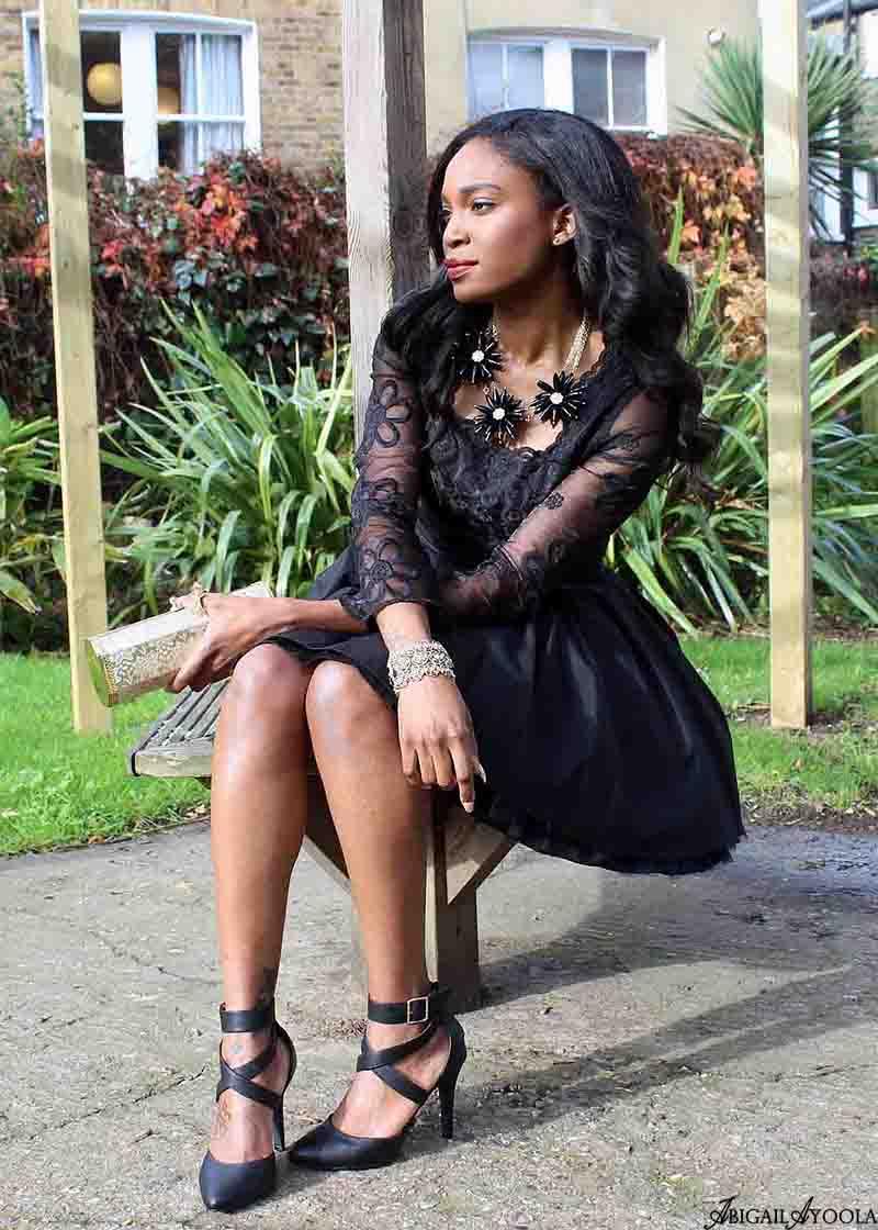 STYLING A BLACK LACE DRESS