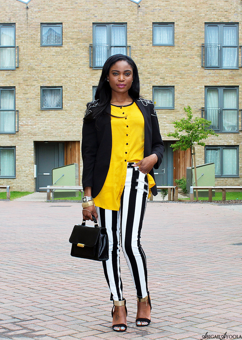 HOW TO WEAR STRIPES WITH YELLOW