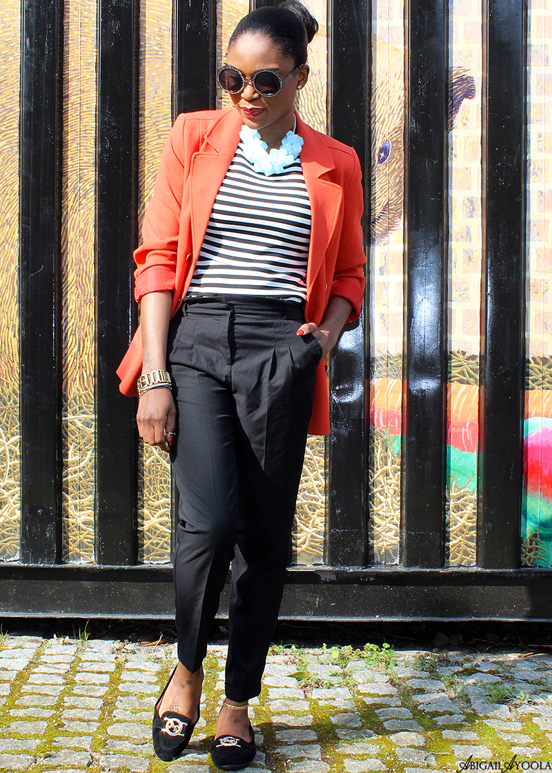 HOW TO WEAR AN ORANGE BLAZER