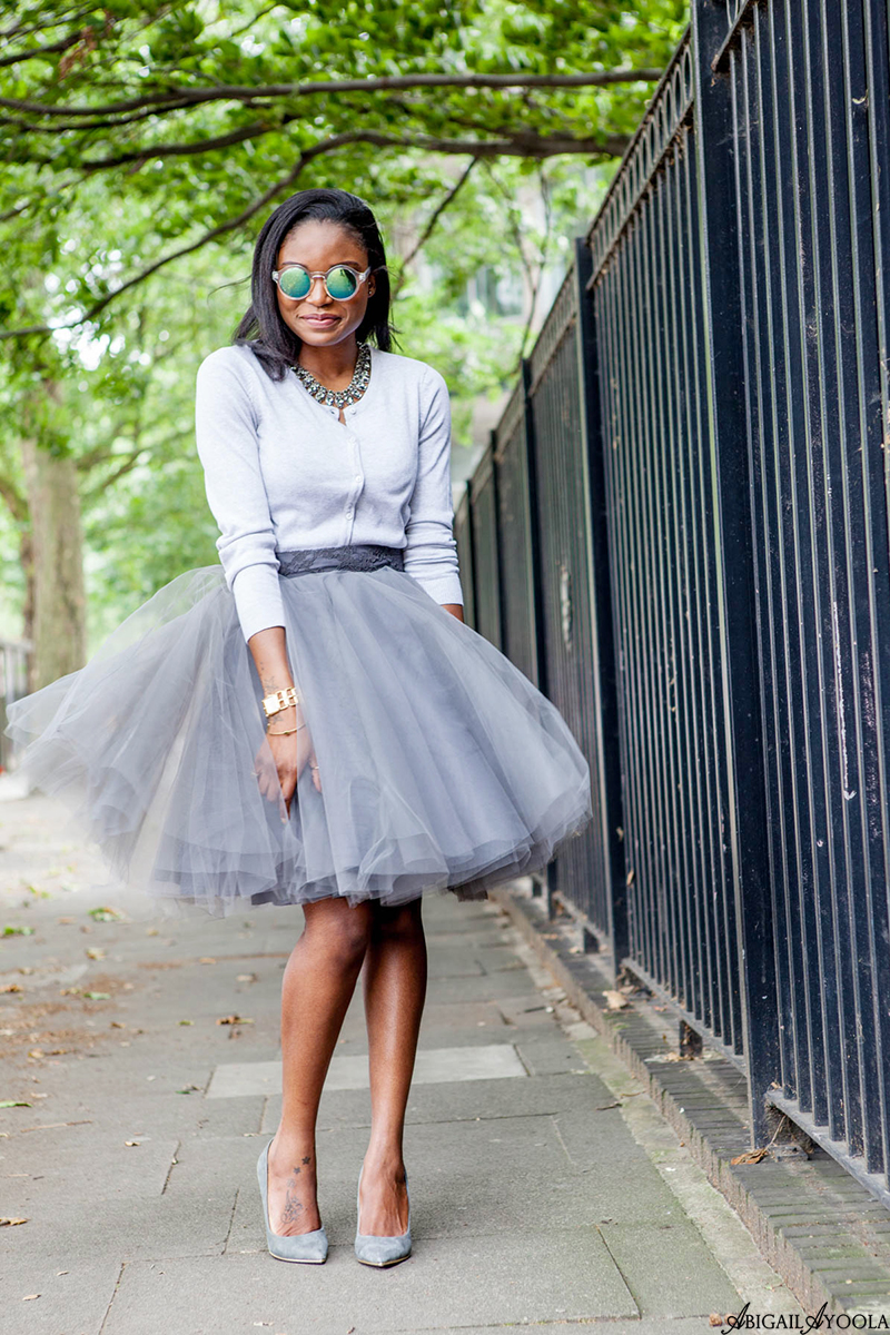 HOW TO WEAR A GREY TULLE SKIRT