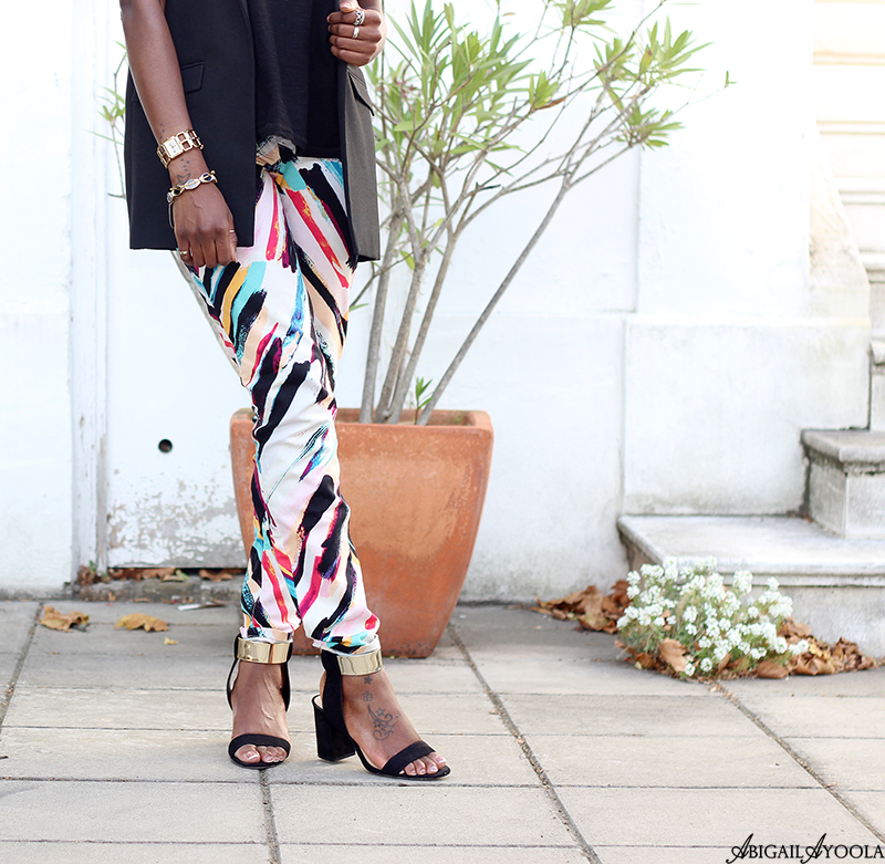 STYLING PRINT JEANS FOR SUMMER