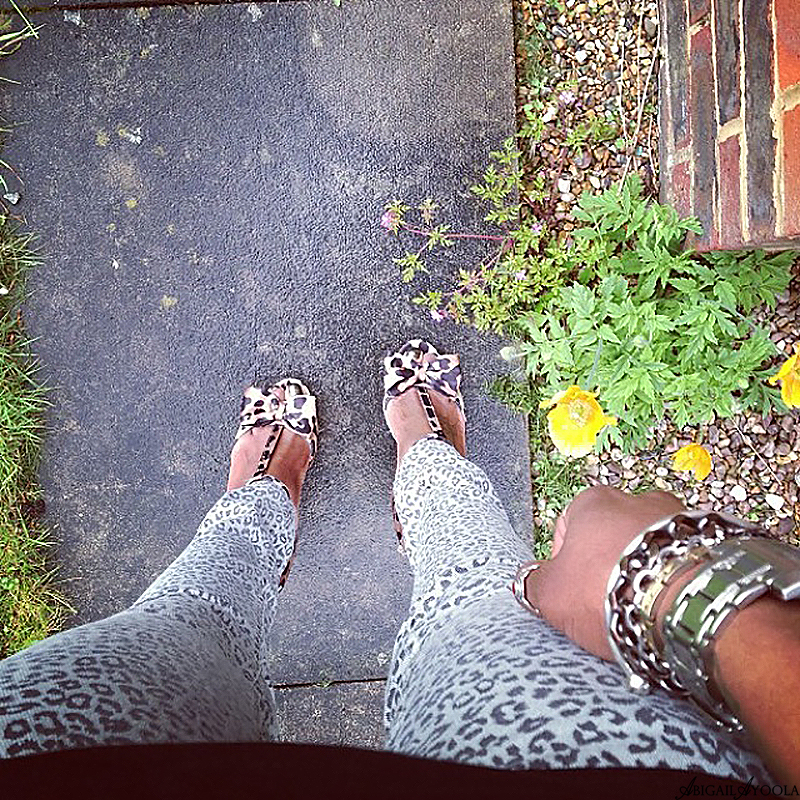 STYLING LEOPARD PRINT JEANS