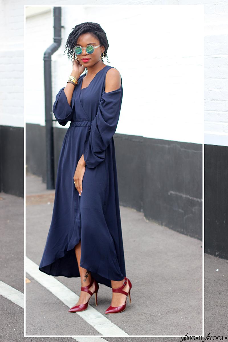 A BLUE COLD SHOULDER DRESS FOR AUTUMN