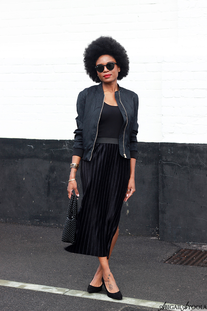 HOW TO WEAR MULTIPLE TEXTURES IN ONE OUTFIT